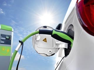 One study found that electric-car owners who cover 11,000 miles a year will save from $750 to $1,200 annually. (©iStockphoto/Thinkstock)
