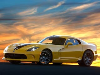 The 2013 Viper's top speed of 206 mph is now reached in sixth gear, not fifth. (©2012 Chrysler Group LLC.)