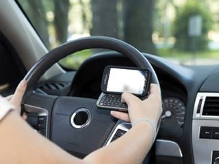 The study found that 26% of teen drivers surveyed said they read or sent a text message every time they drive. (©iStockphoto/Thinkstock)