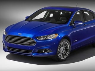 2013 Ford Fusion Hybrid &amp;copy;Ford Motor Co.