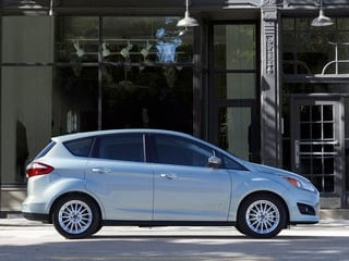 Obama administration to add 10,000 hybrids to government fleet