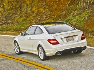 2013 Mercedes-Benz C350 Coupe (© Mercedes-Benz)