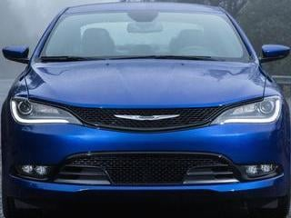 2015 Chrysler 200 (© Chrysler Group LLC)