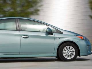 2014 Toyota Prius Plug-In Hybrid (© Toyota)